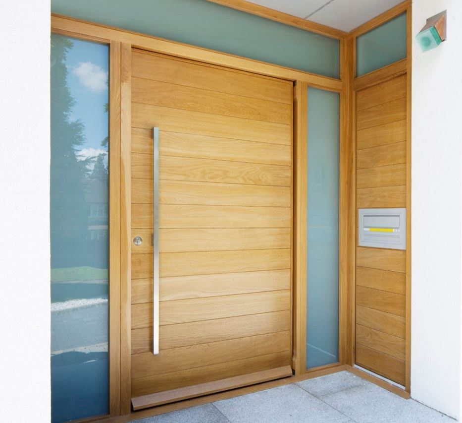 Semi solid horizontal slatted pivot door 1200 x 2032 for Solid entrance doors